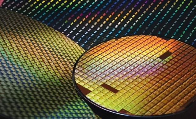 中国大陆半导体芯片制造前十强,芯片制造还需要多长的路